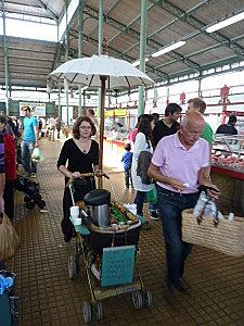 marchande, ambulante, café, marché des lyces