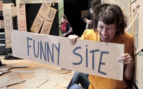 LAUGHING HOLE funny site