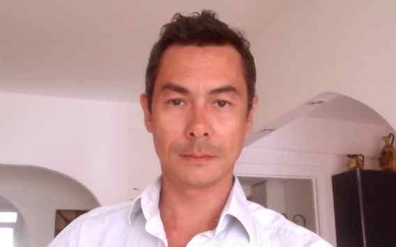 Steven Pravrong, Responsable de Court Métrange