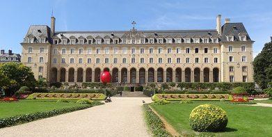 Red Ball au palais Saint-Georges
