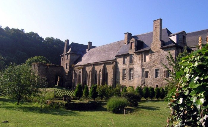 abbaye léhon