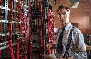Turing devant sa machine