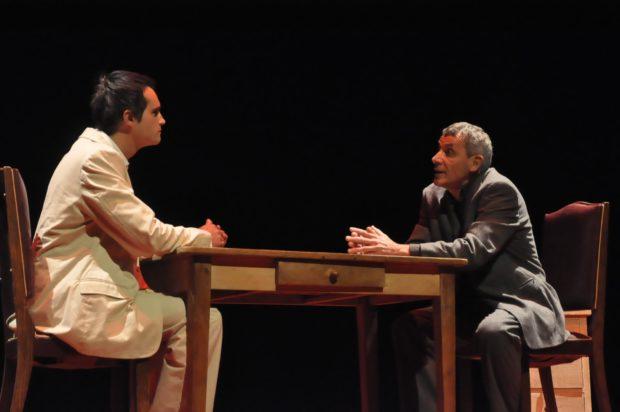 Patio : Entretien de Mr Descartes avec Mr Pascal le jeune