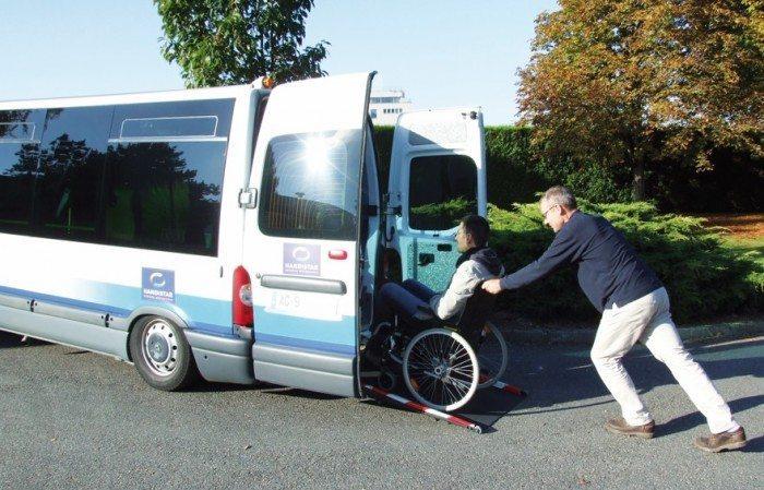 handistar-minibus-star-rennes-handicap