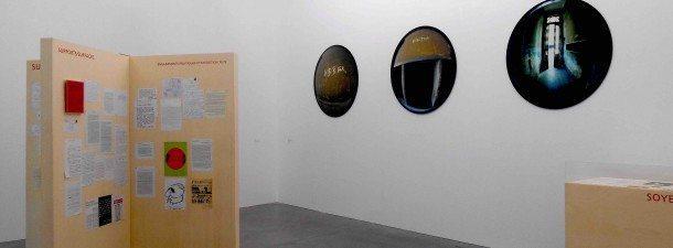 archives critique art