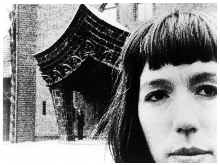 Journeys from Berlin - Yvonne Rainer - DR