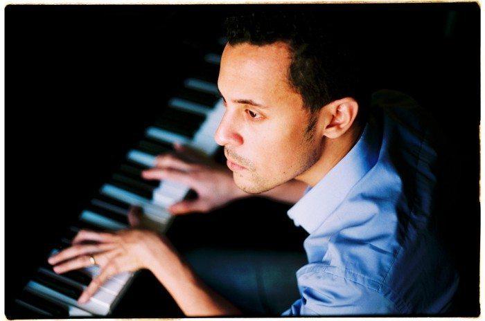 novel-piano-la-clairiere-premier-album
