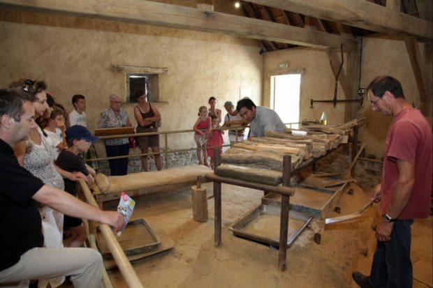 Fabrication du sel ignifère de l'Avranchin Vains