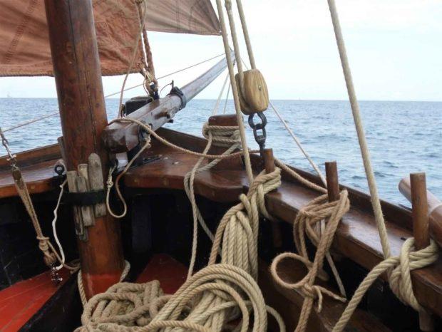 Initiation aux nœuds marins par l'association La bande du rigolo Clohars-Carnoët