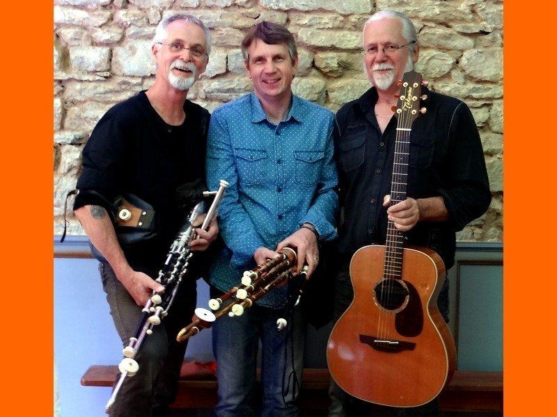 Le Trio Hilenn en concert à la chapelle du Mont Guéhenno