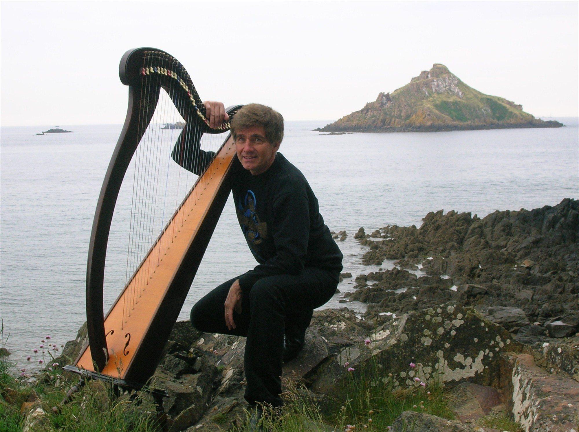 Yvon Le Quellec harpe celtique et chant Sibiril