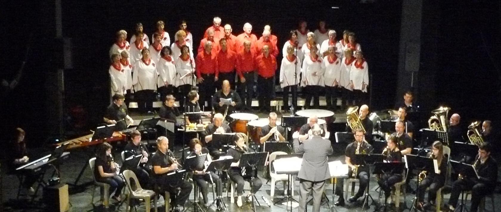 Chorale Chauds les cœurs et l'Orchestre d'harmonie de Yzernay Le May-sur-Èvre