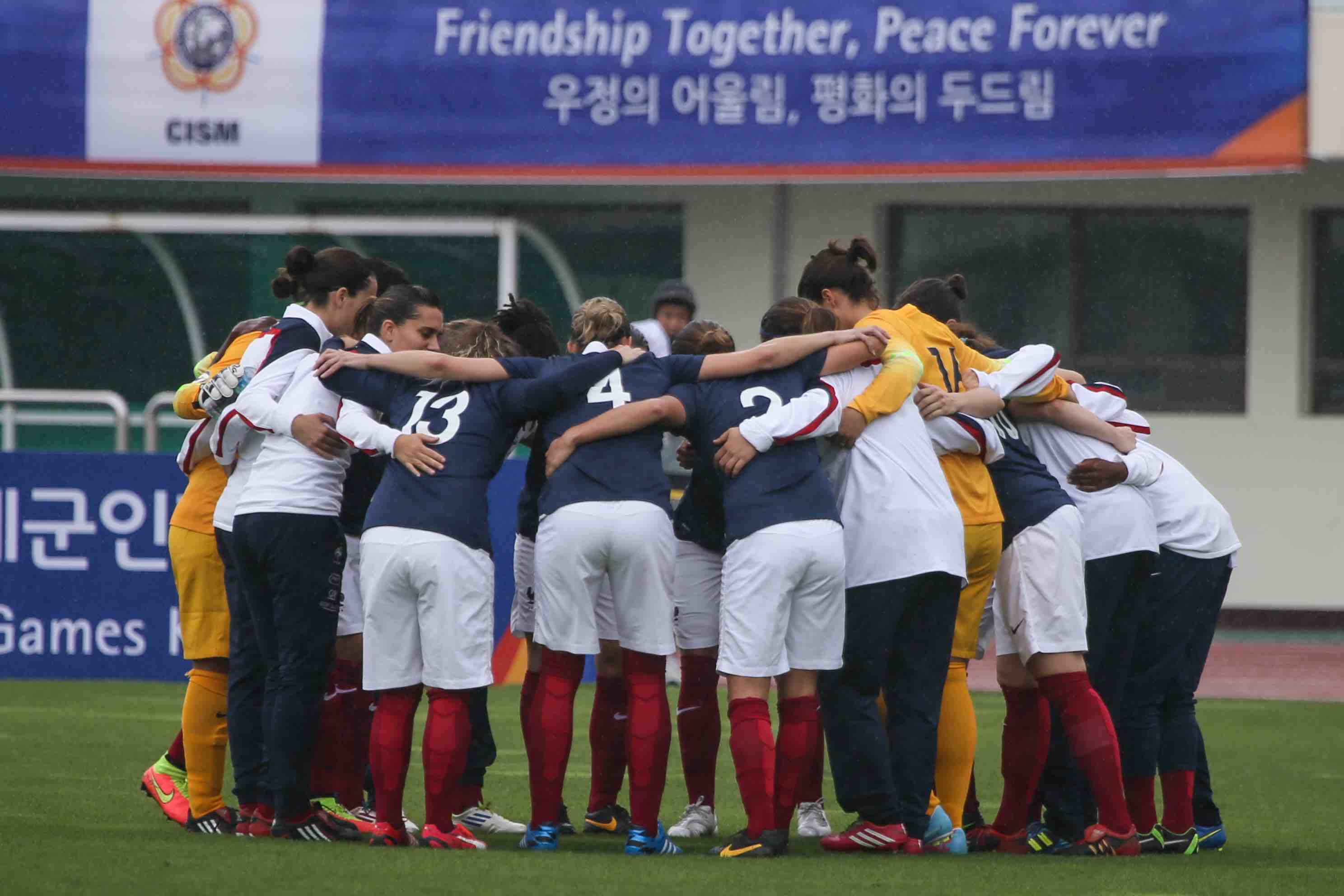 Rennes 1 re coupe du monde militaire de football f minin unidivers - Football feminin coupe du monde 2015 ...