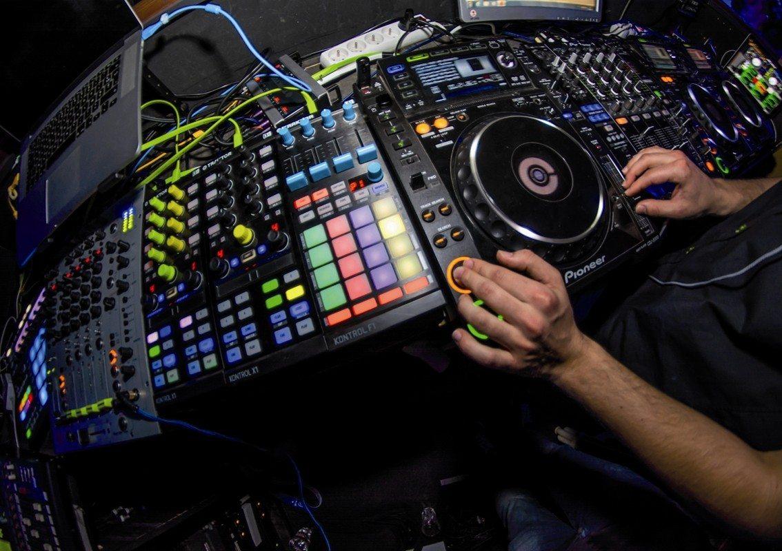 DJ Cedric B Les Sables-d'Olonne