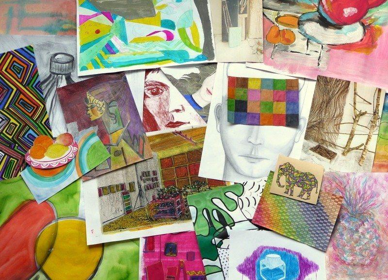 Exposition de l'école d'arts plastiques de Vitré Communauté Retiers