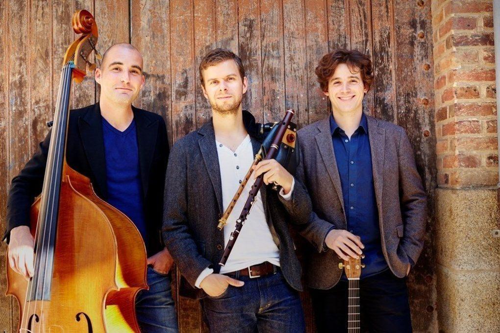 Festival des chapelles Calum Stewart Trio en concert Erdeven