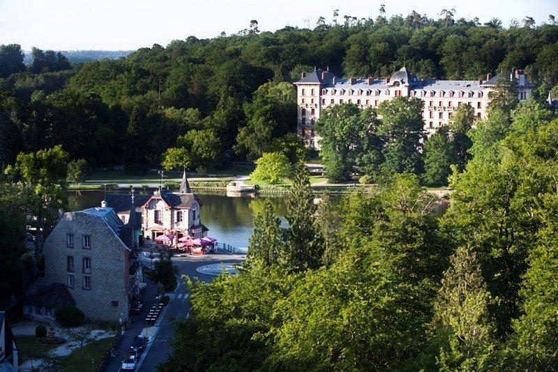 Visite guidée de Bagnoles-de-l'Orne-Normandie en bus Bagnoles-de-l'Orne-Normandie