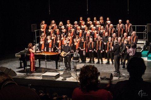 Le chœur du Canto, ensemble de 50 chanteurs finistériens