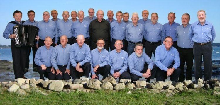 Les Copains du bord en concert Erdeven
