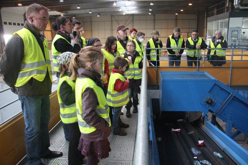 Portes-ouvertes au centre de tri des déchets recyclables Vannes
