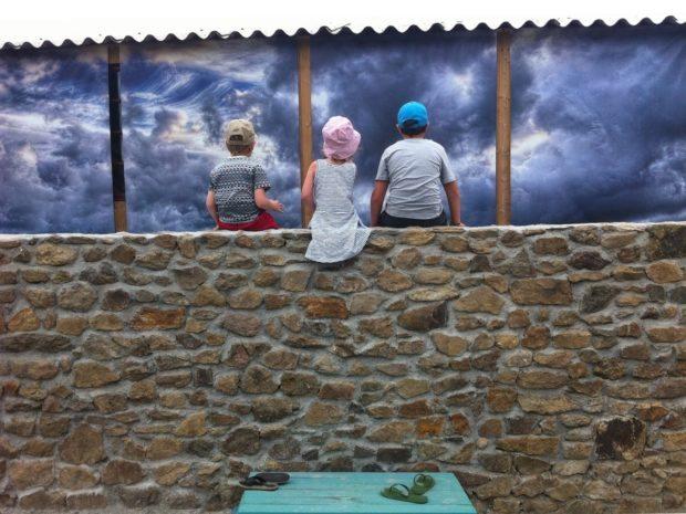 Balissade expo géante en plein-air Plessix-Balisson