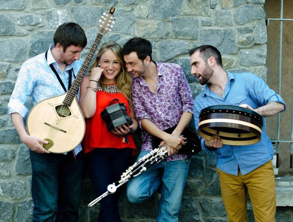 Musique irlandaise scène ouverte et concert du groupe Four Winds Trégastel