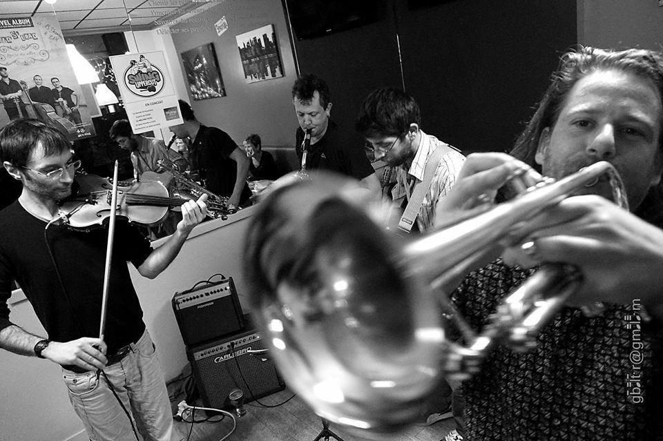 Swing jazz geek Swing Uppercut aux Sorties Bain Granville