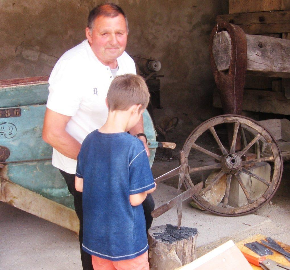 Mardis de l'été initiation au métier de couvreur Mauges-sur-Loire