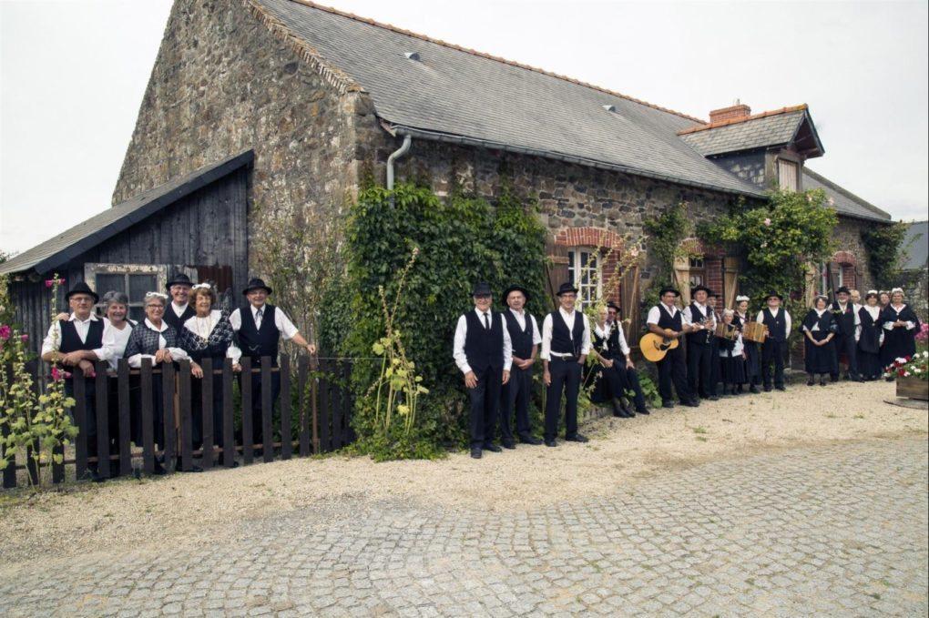 Musique et danse traditionnelle Les Taumiers Dol-de-Bretagne