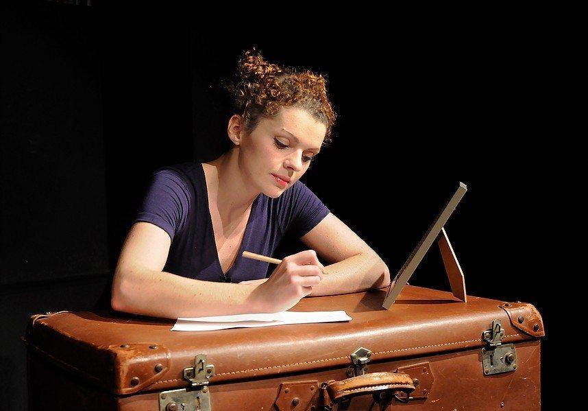 Passeport rouge (comédie dramatique avec Aurélie Valetoux) Nantes