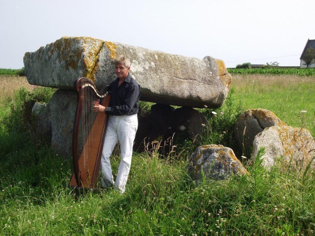 Yvon Le Quellec harpe celtique et chant Fréhel