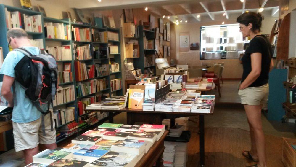 ecume_ile-groix_morbihan_cafe-librairie_calibreizh (7)