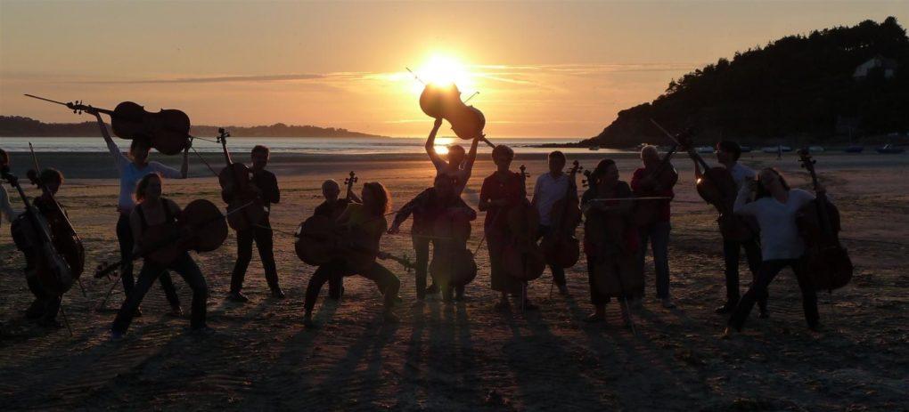Ensemble de violoncelles les As de pique Saint-Michel-en-Grève