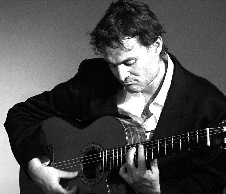 Manu Rivière en acoustique (musique et chant) Nantes