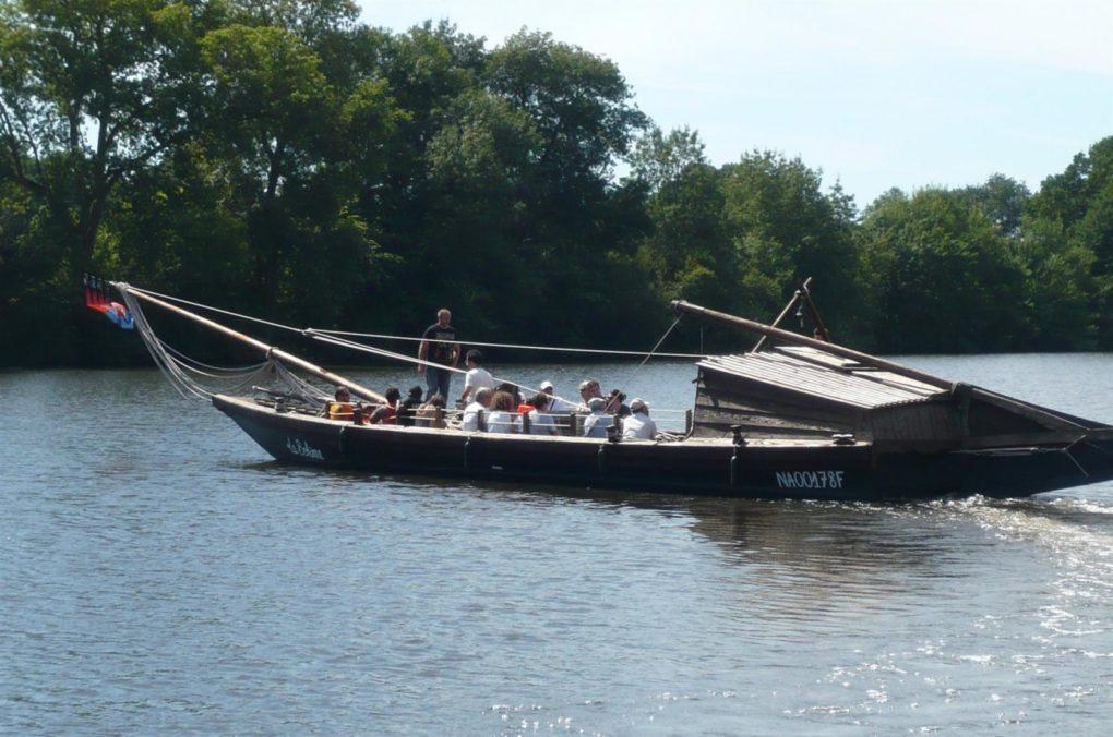 Navettes fluviales sur la Mayenne Angers
