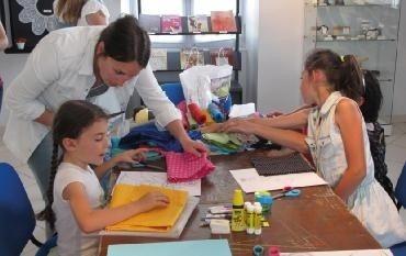 Ateliers des créateurs, les éventaillistes Argentan