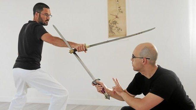 Cours d'arts martiaux basés sur l'escrime médiévale sino-vietnamienne et l'escrime philippine Grand-Champ