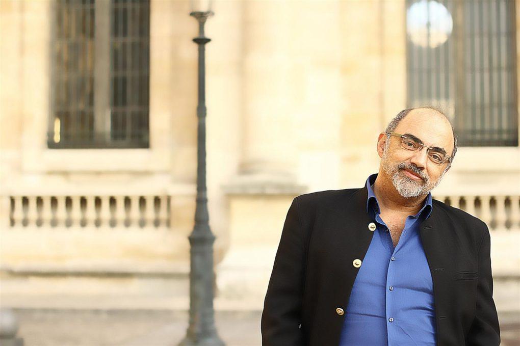 Pierre Jovanovic en dédicace Ploufragan