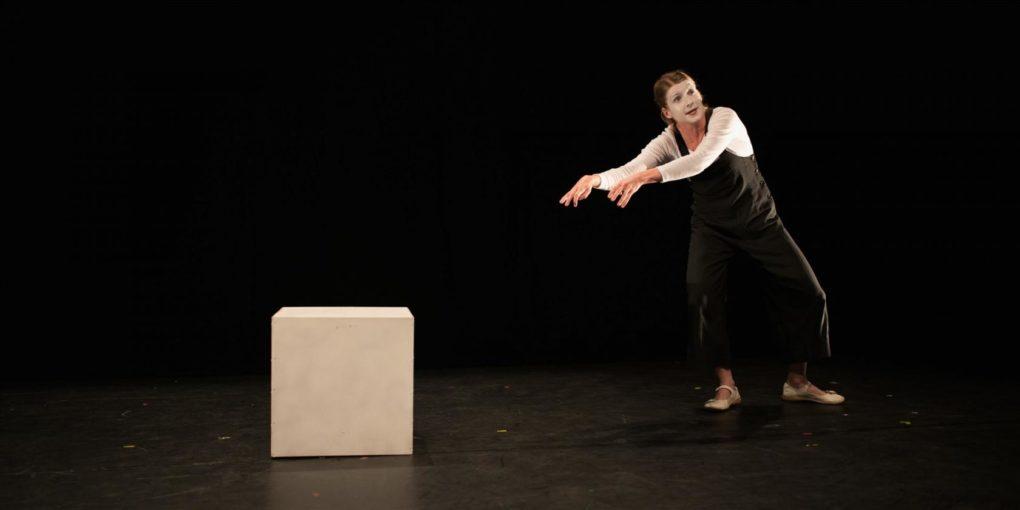 Fugue pour un mime et un cube : compagnie Théâtre des silences Nouvoitou