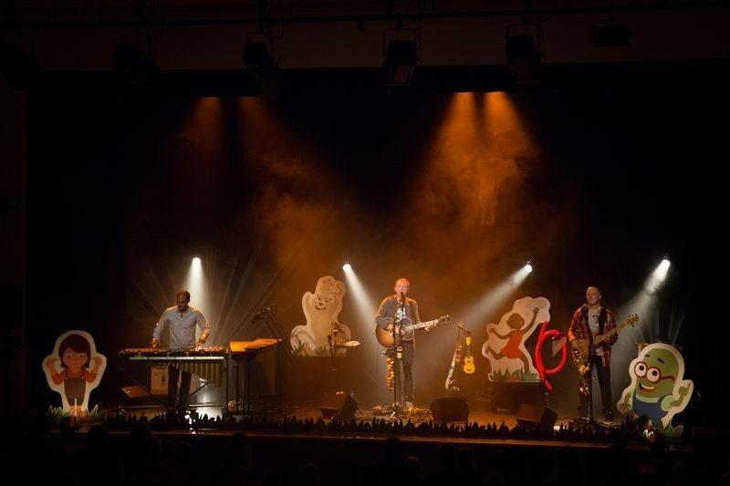 La vie super chouette ! concert jeune public de Xavier Stubbe Brûlon