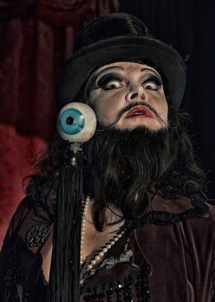 Maxi monster music show, cabaret forain Fouesnant