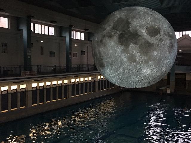 Rennes la lune de retour la piscine saint georges en for Tarif piscine rennes