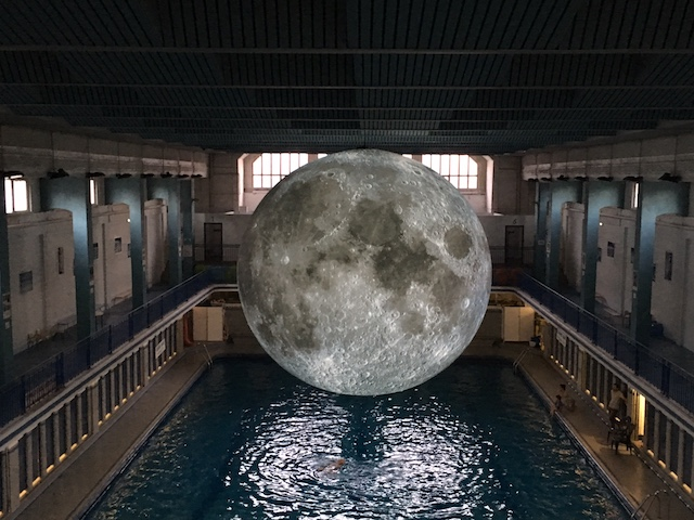 lune piscine saint-georges