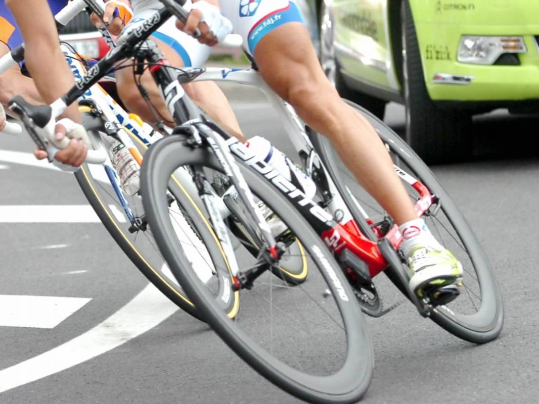 Course cycliste - Trophée Jo Velly Pleyben