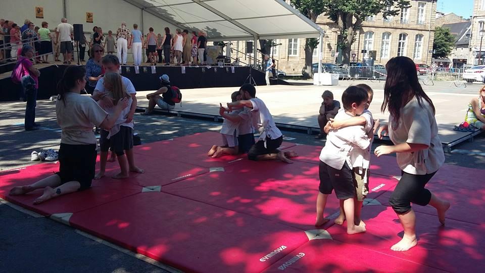 Initiation à la danse bretonne et au Gouren Guingamp