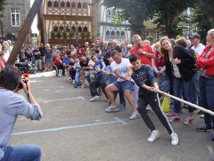 Initiations aux jeux de force bretons Guingamp