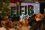 FIFIB NINETIES - WAYNE'S WORLD DE PENELOPE SPHEERIS