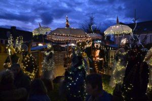 Plougasnou s'anime à Noël : marché de Noël et crèche vivante Parvis de l'église