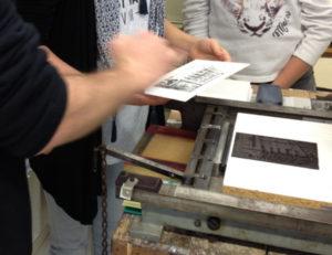 Atelier d'impression de linogravures Urdla - Centre international estampe & livre