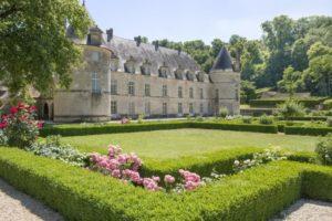 Visite des jardins du Château de Bussy-Rabutin Château de Bussy-Rabutin